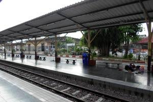 チェンマイ駅ホーム
