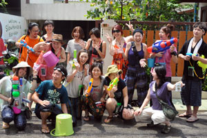 ソンクラン(通称水かけ祭り)