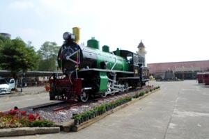 チェンマイ駅列車